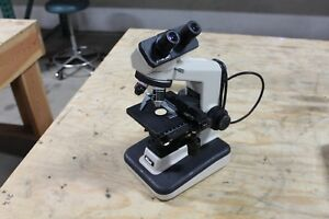Nikon Ys2 t Microscope 4 Objectives 2 Eyepiece Good Condition