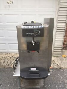 Taylor Y754 34 Soft Service Ice Cream Machine Air Cooled 1 Ph 230v