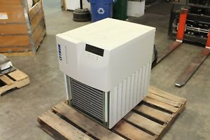 Lytron Recirculating Chiller Model Rc030j03bf2c008
