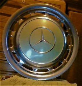 Mercedes Wheel Cover 15 Across 14 Between Clips