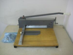 Martin Yale 0 12 7000e Commercial Heavy Duty Guillotine Stack Paper Cutter Used