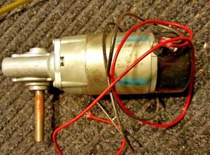 24 Volt Right Angle Drive Gear Motor Parvalux 1 2 Arbor Tm531 6 8 Amps