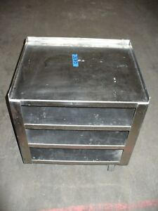 Ss Heavy Duty Cart On 4 Swivel Castors With 4 Shelves 1 Lip On 3 Sides