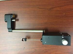 New Arrival Applanation Tonometer Slit Lamp With 3 Prism Mgk 111