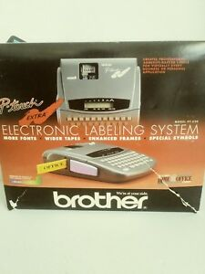 Brother P touch Electronic Labeling System Model Pt 320 3 Extra Tapes