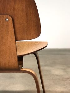Herman Miller Vintage Oak Dcw Chair By Eames Mid Century