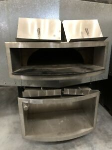 Wood Stone Mt Rainier Pizza baking Oven