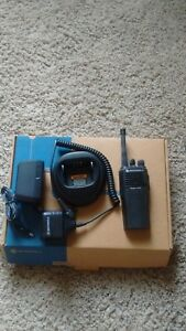 Motorola Cp200 Two Way Radio Vhf 146 174 Fire Ems Law 16 Channels