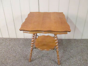 52006 Antique Oak Victorian 2 Tier Lamp Table Rope Turned Legs