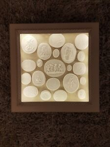 Display Light Box Frame 21 Grand Tour Cameos Intaglios Medallions Tassie Seals