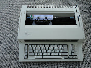 Ibm Wheelwriter Personal 2 Typewriter Excellent Tested Works