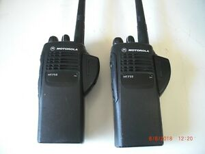 Motorola Ht750 Vhf Radio Charger Antenna Used Battery Adapter Aah25kdc9aa2an