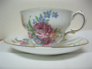 Tea Cup And Saucer Rosina Bone China England Floral Pattern