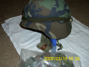 US Army Made With Kevlar Helmet Large Woodland Camo Cover Chin Strap.