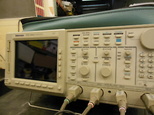 Tektronix Tds544a 4 channel 500mhz 1gs s With P6139a Test Probes Manual Cover