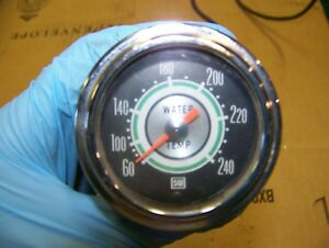 Green Line Stewart Warner Water Temperature Gauge Oil Pressure Gauge Made In Usa