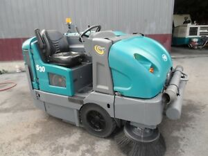 Tennant S30 Sweeper L p Totally Serviced Very Low Hrs Only 276 Gm Eng