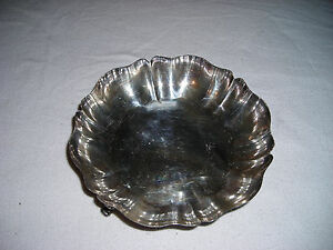 Vintage Wm Rogers Round Footed Silverplate Candy Dish