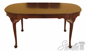 L46103ec Henkel Harris Queen Anne Oval Mahogany Dining Room Table