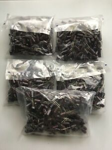 Lot Of 1000 Nippon Chemi con 25v 330uf Capacitors New In Original Packaging