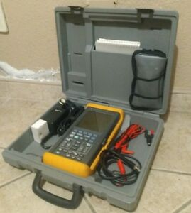 Fluke 97 50mhz Scopemeter with Calibrator