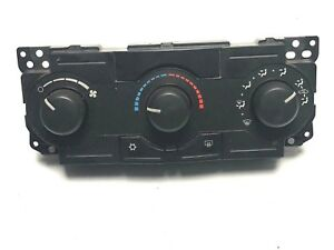 2005 2007 Jeep Grand Cherokee A C Heater Climate Control Unit P55111009an Oem