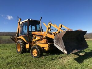 Case 580 K Loader Backhoe