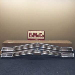 67 Galaxie Nos Oem Ford C7az 8200 a Front Anodized Aluminum Radiator Grille