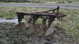 Massey Ferguson 3 Bottom Plow 3 Point Hitch