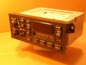 Vintage Car Auto Metal Stereo Cassette Player Chrysler P04858558ac Dolby