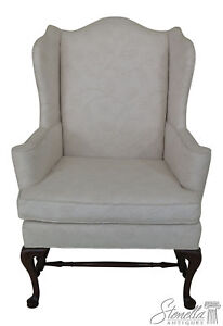 46182ec Hickory Chair Co Off White Upholstered Wing Chair