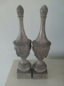 Pair Of Resin Wood Looking Urn Finials Decor 17 H