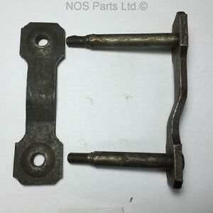 65 Fairlane Nos Ford C5oz 5630 b Shackle Kit Rear Spring Rear