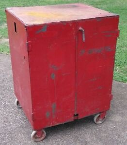 Vintage 1940s Large Metal Tool Chest W casters Retro Shop garage Heavy Hand made