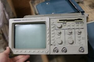 Tektronix Tds 380 Two Channel Digital Real time Oscilloscope