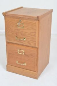 2 Drawer Locking Wood Filing Cabinet With Key