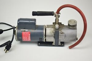 Sargent Welch Scientific Sarvac 8804 Vacuum Pump