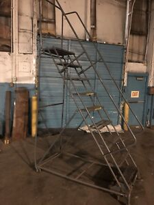 Ballymore 9 Step Rolling Ladder