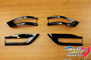2014 2020 Jeep Grand Cherokee Gloss Black Tail Light Trim Bezel Kit Mopar Oem