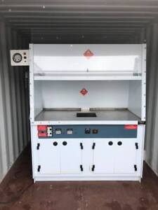 Laboratory Chemical 5 Fume Hood With Stainless Steel Top Base Cabinets
