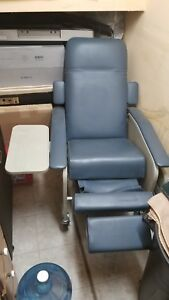 Medical Dialysis Chair recliner W Swing Open Sides