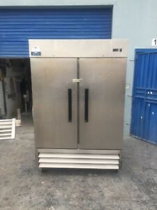 Arctic Air Af49 Commercial Double Two Door Reach In Freezer