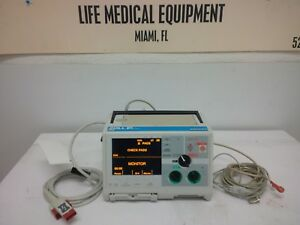Zoll M Biphasic Defibrillator 3 Lead With Ecg Pacing Analyze And Battery Miami