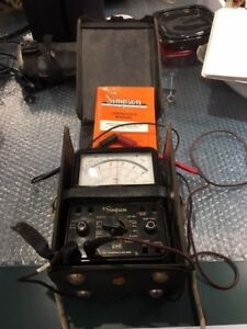 Simpson Model 260 Analog Volt ohm milliammeter W case Probes And Instructions