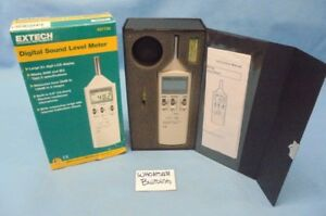 Extech 407736 Digital Sound Level Meter 35 130db 31 5hz 8khz 1 5 Db