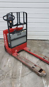2011 Raymond Electric Pallet Jack 4500 Lbs 102t f45l With On Board Charger