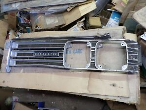1968 Buick Wildcat Nos Left Hand Grille Assembly 9714905