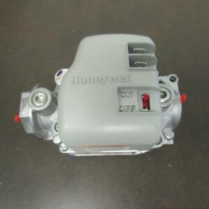 Honeywell Vr8215s1289 Gas Valve 24v 50 60hz Lp Gas Dual 5a Vr8215s 1289