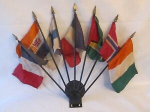 Vintage Metal Seven Flag Holders License Plate Topper With Seven Foreign Flags