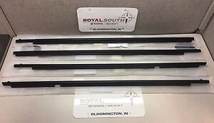 Toyota 4runner 10 16 Front Rear Door Belt Mouldings Weatherstrip Genuine Oem